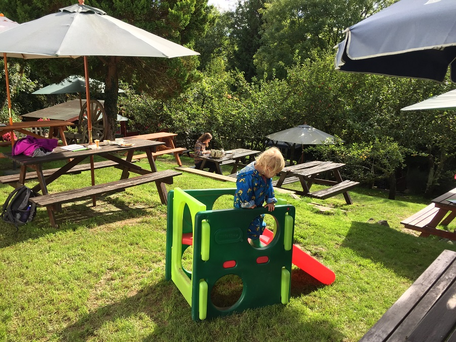 It's great finding child friendly cafes and pubs in Cornwall