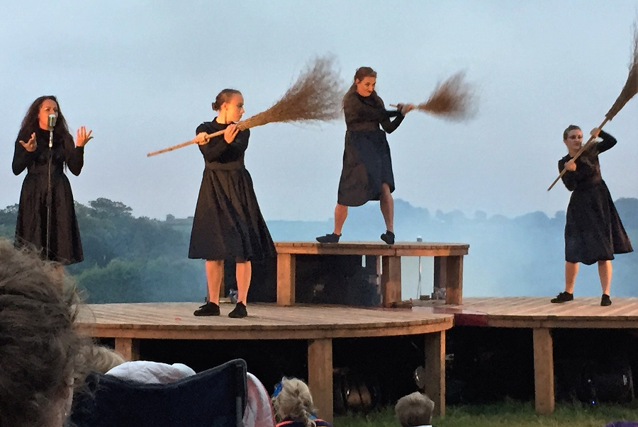 Rogue Theatre are renowned for their family friendly theatre productions