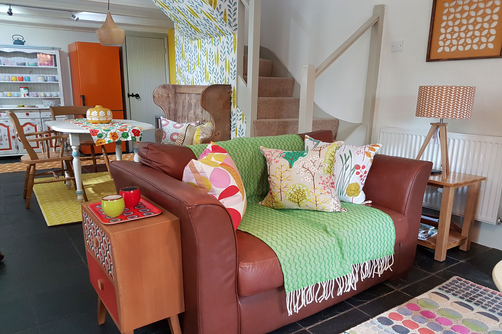 Polclay cottage lounge1