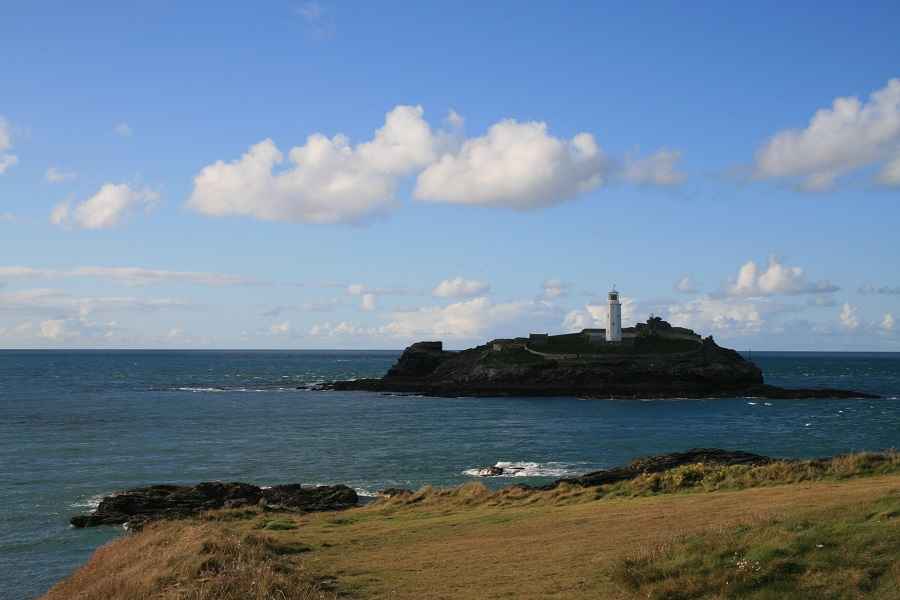 Godrevy is a popular spot for a picnic
