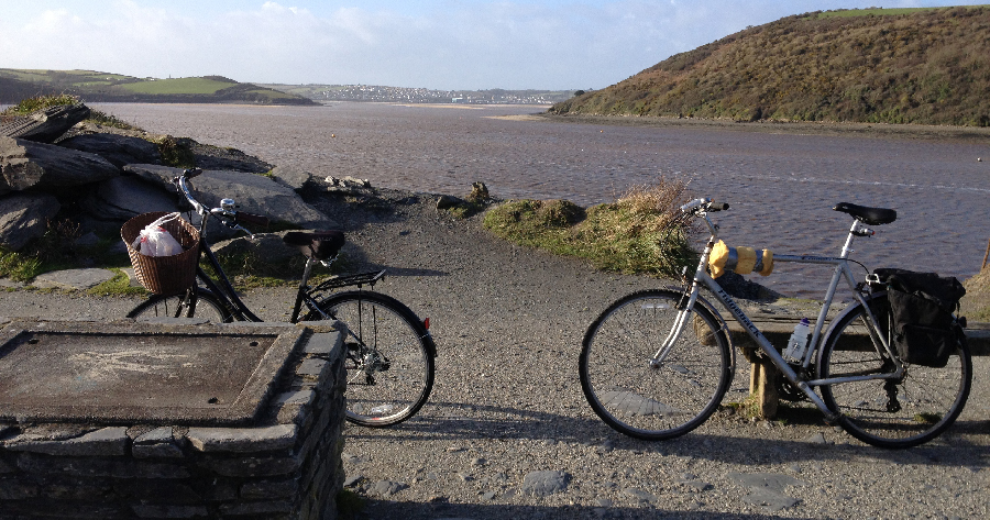 Cycles on the Camel Trail near Padstow