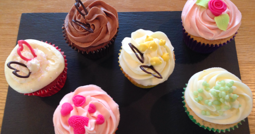 Cupcakes at Philleigh Way Cookery School