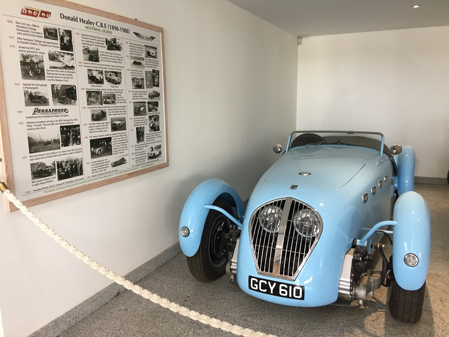 Discover vintage Austin Healey cars at Healey's Cyder Farm