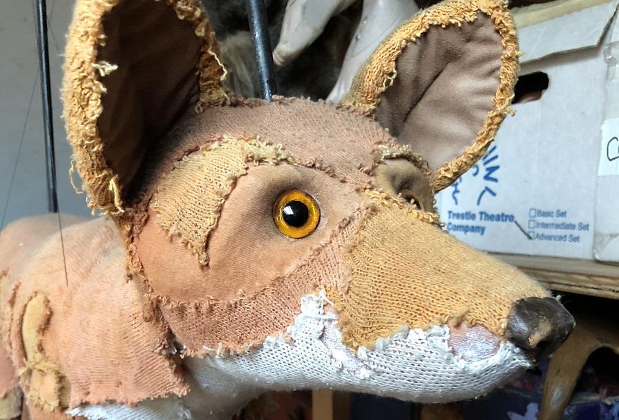 Kneehigh Theatre fox puppet