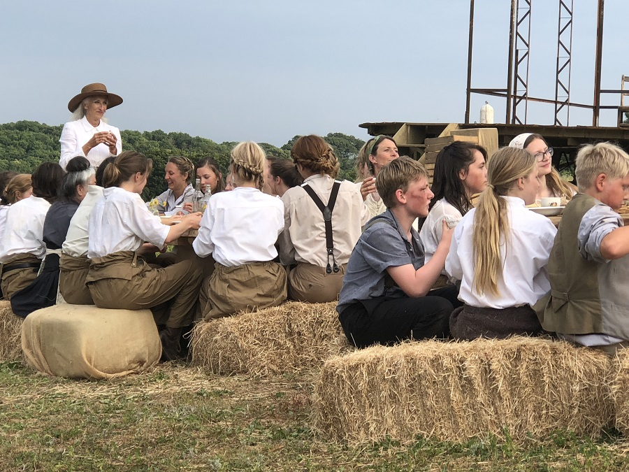 100: Unearth outdoor theatre performance at Heligan