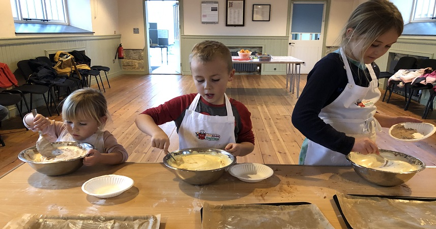 Little Kitchen Magicians children's cookery class in Cornwall
